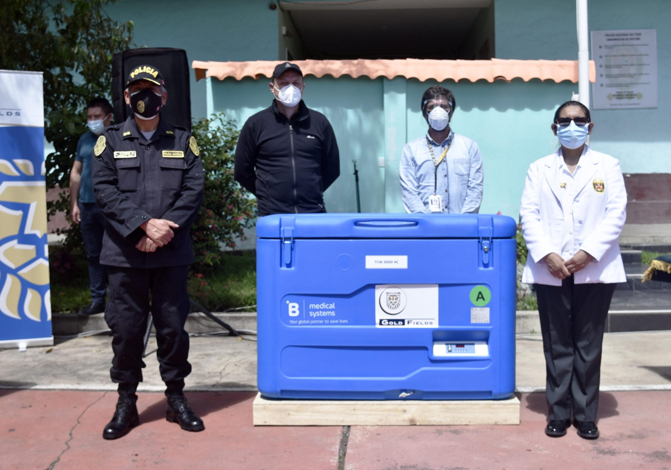 Gold Fields entrega equipos de frío para conservar vacunas contra COVID-19